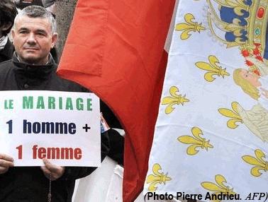 L'opposition au mariage pour tous vire au fascisme blanc