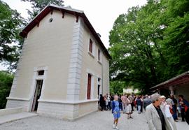 L'ancienne école du Dégagnazès (Lot) réhabilité et convertie en relais ENS (Espace Naturel Sensible)