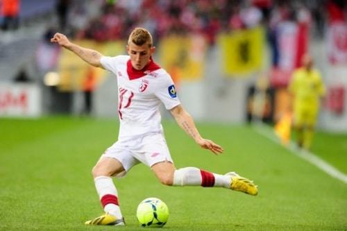 Football : Lucas Digne au PSG ?