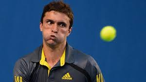 Simon fait trembler Federer, Tsonga en quarts.
