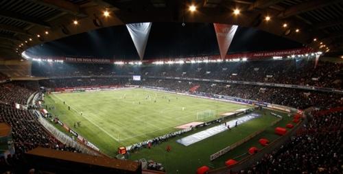 Football : Le règlement du Parc des Princes critiqué par les supporters du PSG