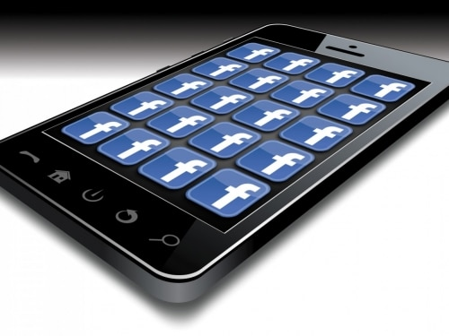 Facebook sur smartphone, le phénoméne continue