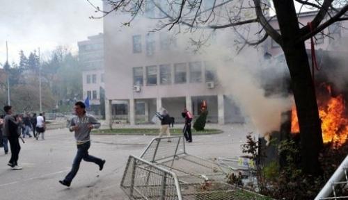 Les manifestations en Bosnie dégénèrent en émeutes