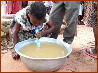 L'accès à l'eau potable pour tous, grâce à une invention simple !