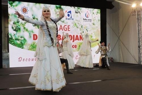 L'exposition Village d'Azerbaïdjan ou comment réveiller ses sens en plein Paris