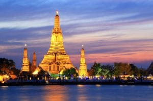 wat arun at twilight