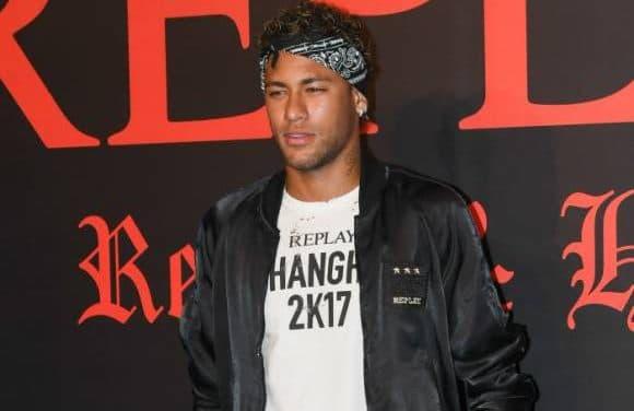 Neymar au PSG pour 222 millions d'euros : indécent ?