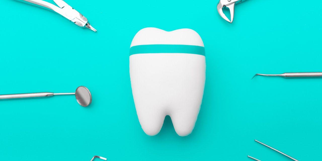 Effrayé par le dentiste ? Essayez une méthode alternative.